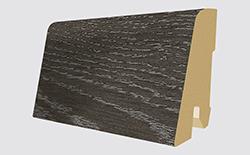 Plinthes correspondantes: L223