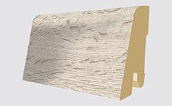 Plinthes correspondantes: L322