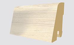 Plinthes correspondantes: L387