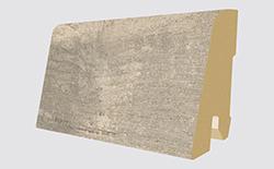 Plinthes correspondantes: L358